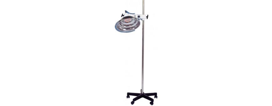 Lampes - Accessoires- Lampe sur pied roulant
